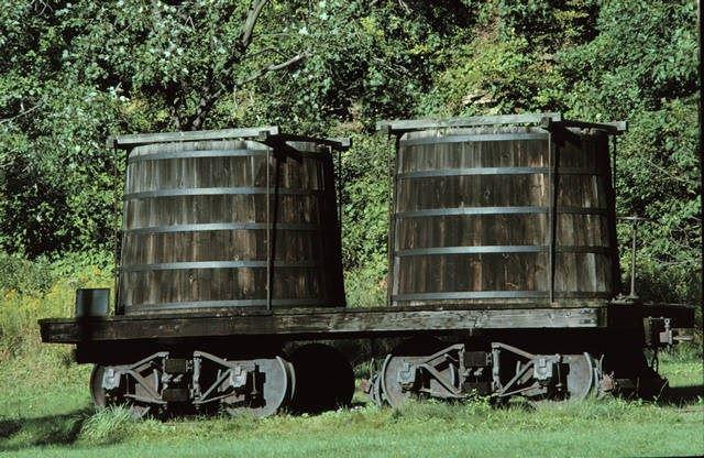 موزه نفت ادوین دریک (4)