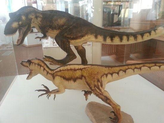 موزه کالیفرنیا دایناسور