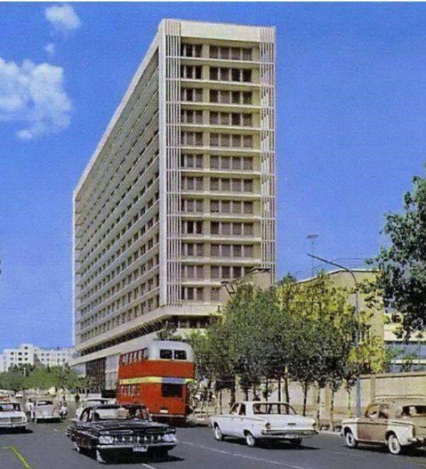 نمایشگاه عکس ساختمان شرکت ملی نفت برگزار میشود